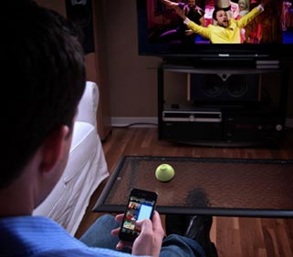 peel Peel TV adds advanced TV guide remote to iPhone