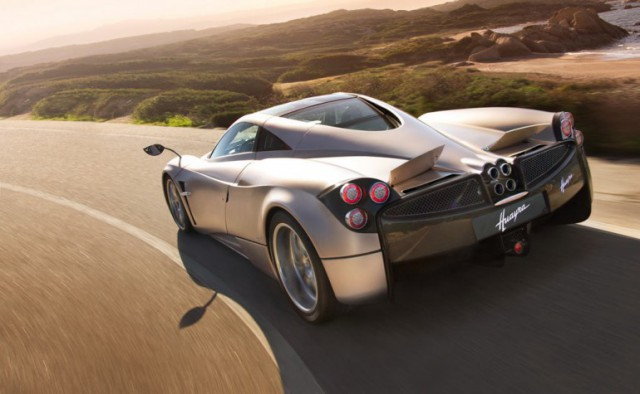 pagani-huayra-supercar-24-640x394 Flappy Pagani C9 Huayra Supercar Inspired By Airplanes