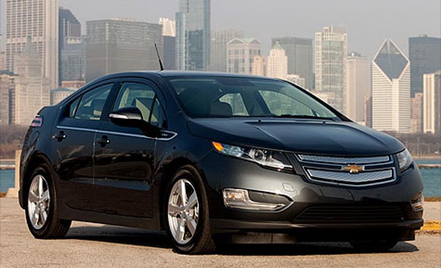volt GM to cut Chevy Volt prices for second generation