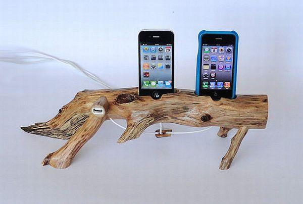 woodencharger Dock and Charge your iPhone in the Stump of a Dead Oak Tree