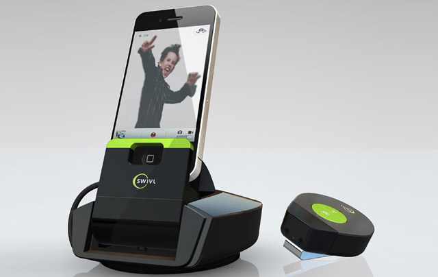 111110-swivl Swivl Camera Dock For iPhone Automatically Follows Your Movements