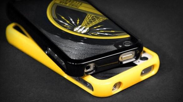 """Third-Man-45-iPhone-Case Third Man 45 iPhone Case Incorporates A Real 7"""" Vinyl Record"""