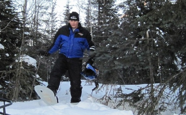 airlite-snowshoes-1 Inflatable Snowshoes for Surviving Deep-Snow Emergencies