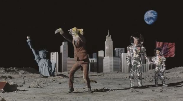 ultrabook Intel's Dancing Tiger Man on the Moon Ultrabook Commerical