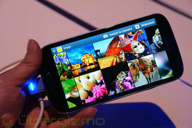 120503-sgs Samsung Galaxy S III Headed to T-Mobile and Sprint
