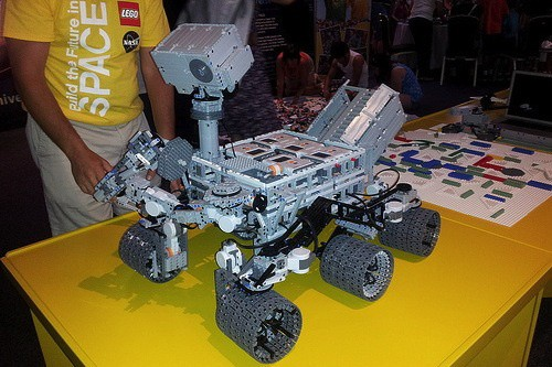 rover Video: Replica Of Curiosity Mars Rover- Made Entirely From Legos