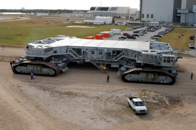 ct4-640x424 NASA Giant Crawlers Getting New Engine Upgrades