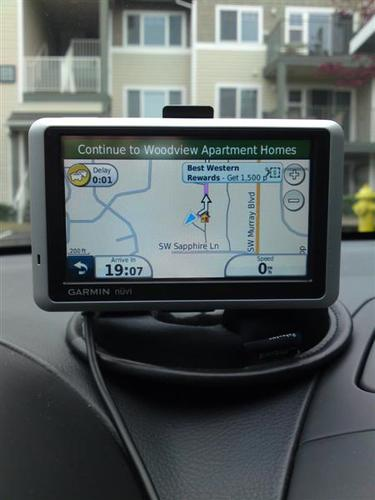 garminnuvi1390  Garmin nuvi 1390LMT Portable Bluetooth GPS Navigator for Half Price