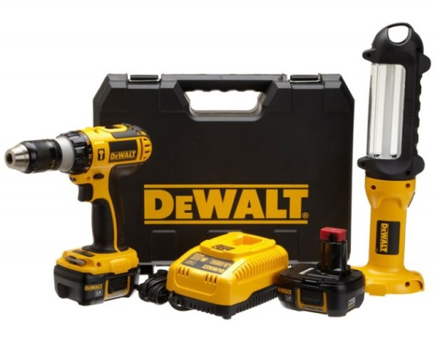 dewalt-640x500 12 Awesome Last Minute Gadget Deals You'll Still Get by Christmas