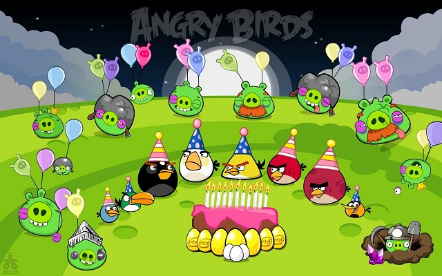 happy-birdday Angry Birds Turn Three, Get Thirty New Levels in Celebration