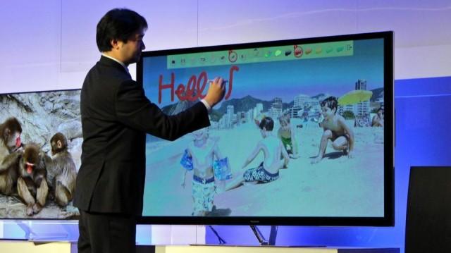 Panasonic-Electronic-touch-pen-640x359 New Panasonic Electronic Touch Pen Allows Drawing on the Big Screen