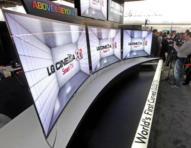 lg-curved-oled-tv-640x497 LG Unveils Curved TV at CES