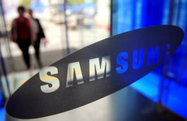 sammy Samsung Galaxy S4 to Use New Restrictive Update Service? (Rumor)