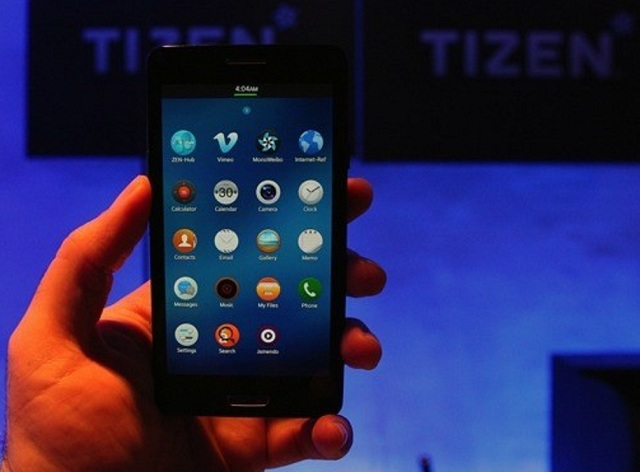 tizen-2.0-hands-on Samsung Developer Handset Running Tizen 2.0 (Video)