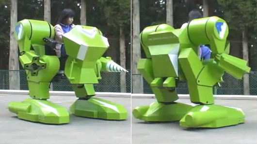 130417-kidswalker Video: Kid's Walker NT Mech Suit for Kids with Upgraded Drill and Gripper