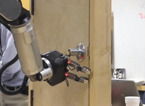 darpa-irobot-arm iRobot Hand For The DARPA ARM Program (Video)