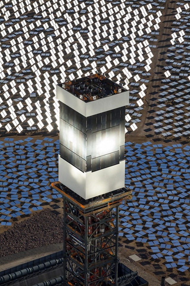 ivanpah-solar-12 Ivanpah Solar Power Facility (Photos)