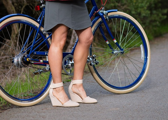cycling-in-skirts-penny-in-yo-pants Wanna Cycle In Your Skirt, Try Penny In Your Pants (Video)