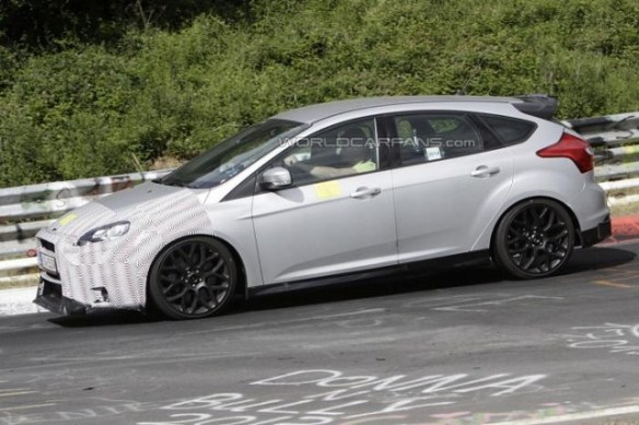 ford-focus-rs 2016 Ford Focus RS To Have 330 PS Mustang Sourced Engine, Says Report