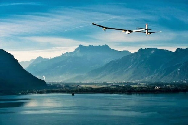 solarplane2 Solar Impulse, World's First Solar Airplane, Breaking Record By Flying Around the World Without Any Fuel (VIDEO)