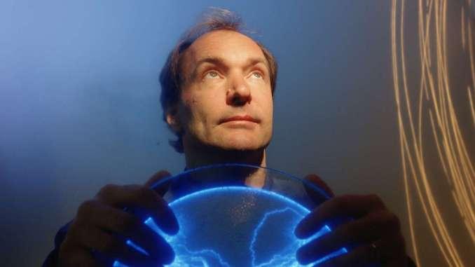 Tim Berners-Lee Portrait Session - July 9, 2004