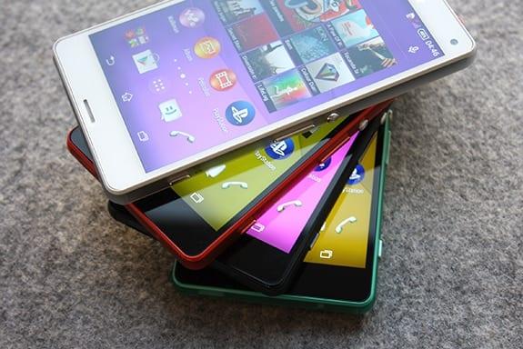 Sony Xperia Z3 Compact pokazana na zdjęciach