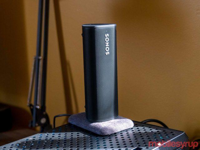 Sonos roam wirelesscharger scaled