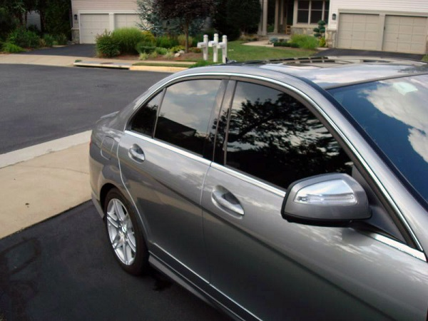 Perks of Hiring the Best Mobile Window Tint in Rockford Illinois