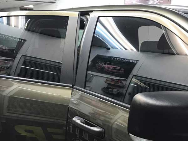 Pros and Cons Mobile Window Tinting in Saint Petersburg, Florida