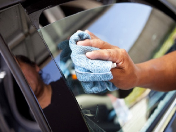 Tips to Extend Your Mobile Window Tinting in Nashville, Indiana