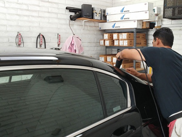 3 Mobile Window Tint Design Tips for Cars in Des Moines, Iowa