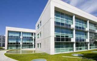 3 Ways on How Commercial Window Tint Provides Security