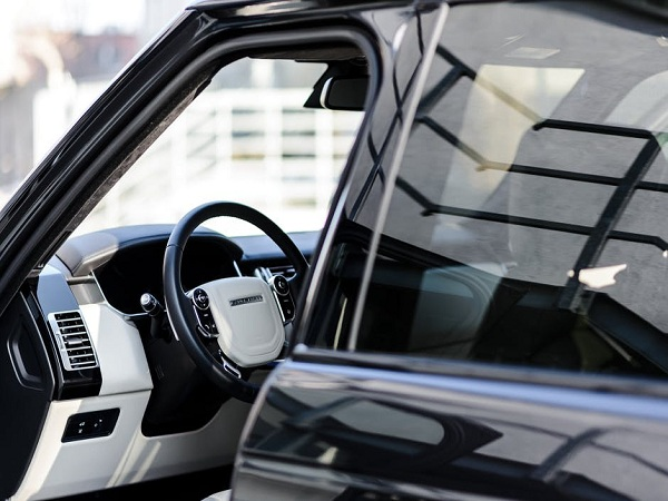 4 No-nonsense Benefits of Mobile Window Tinting in Cleveland
