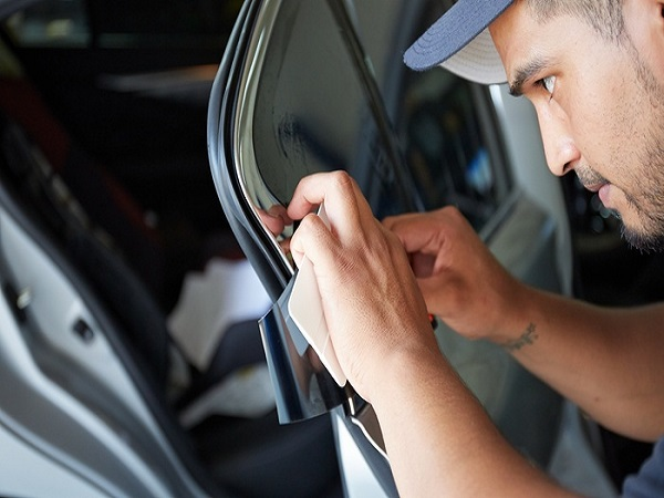 4 Questions to Ask Before Buying Mobile Window Tint in Farmington