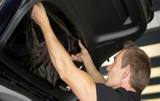 7 Foolproof Tips to Find the Best Car Window Tinting Specialist