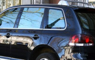 Finding an Auto Tint Specialist to Service Your Car