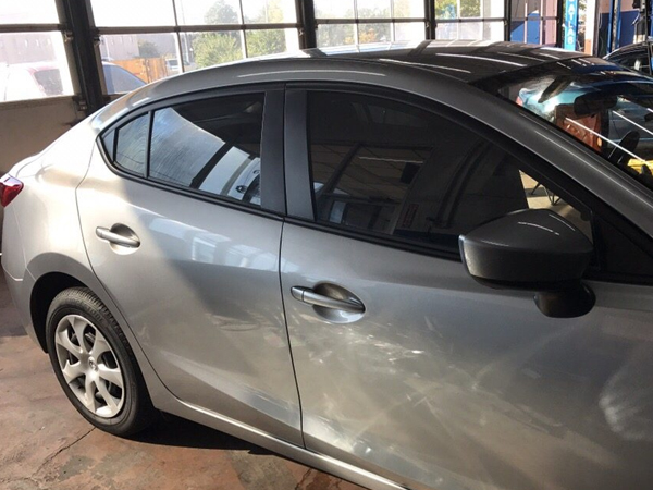 Mobile Window Tinting in Jonesboro, AR, to Keep Your Car Cooler