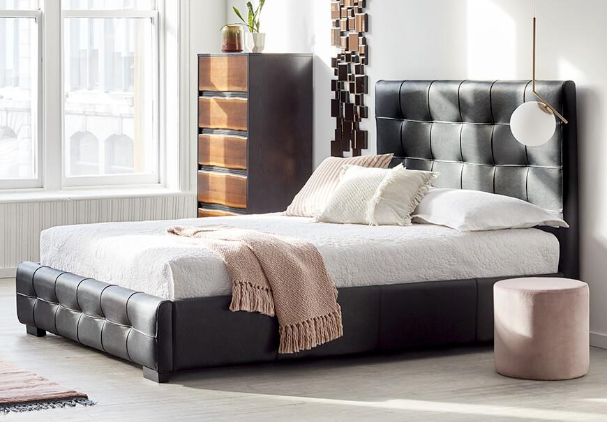 Les beaux modèles couvres lit moderne: Chambre A Coucher ...