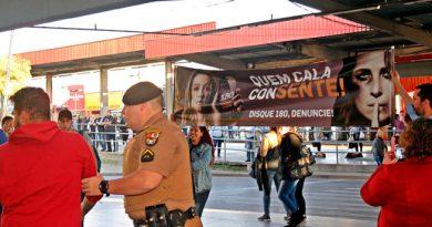 Campanha de violência contra a mulher no Terminal Maracanã