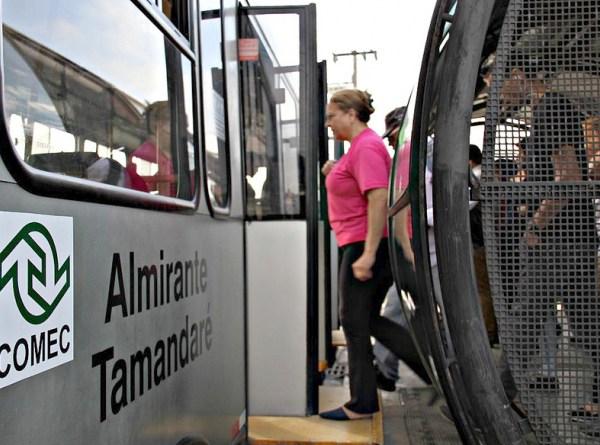 Terminal Cachoeira em Almirante Tamandaré