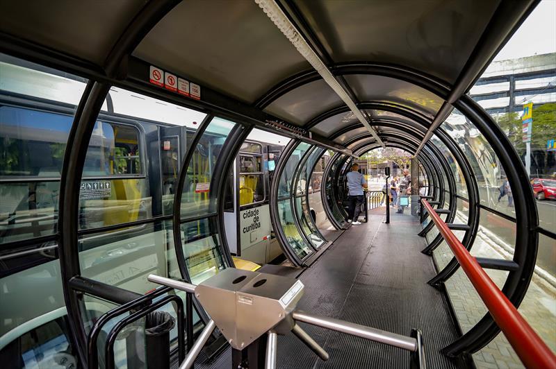 Estação-tubo nova