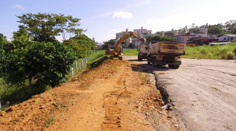 Rua Deputado Antônio Edu Vieira