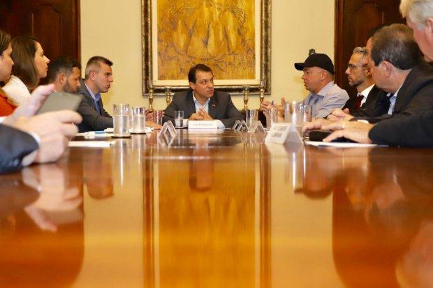 Reunião com o governador