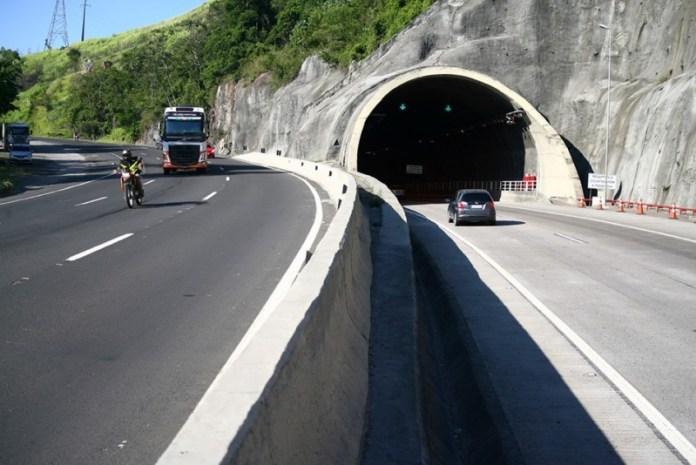 Túnel do Morro do Formigão