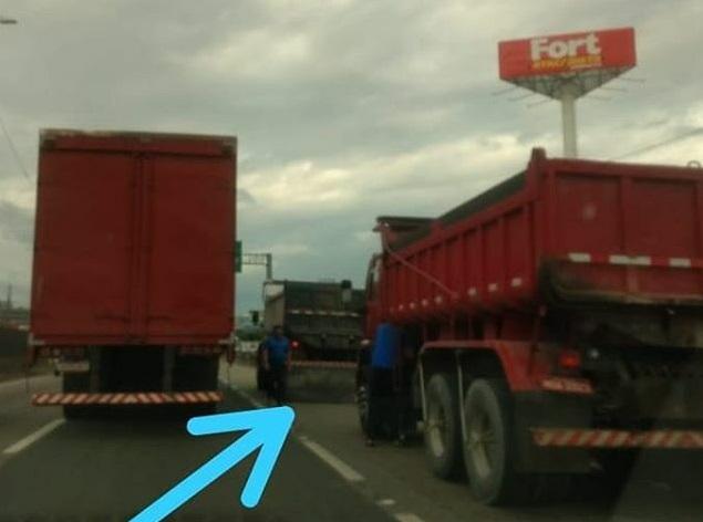 Caminhão Fort