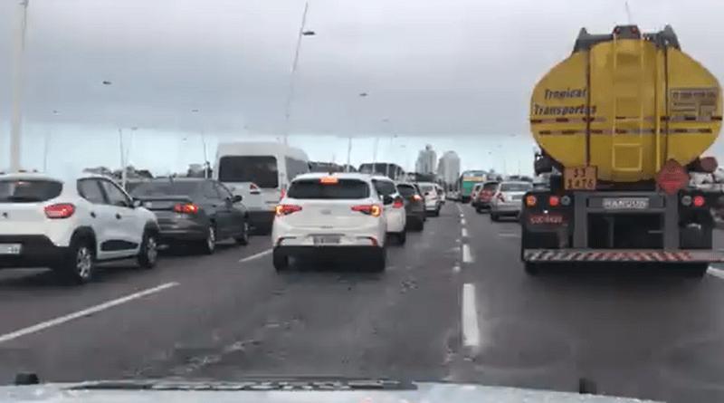 Trânsito nas Pontes