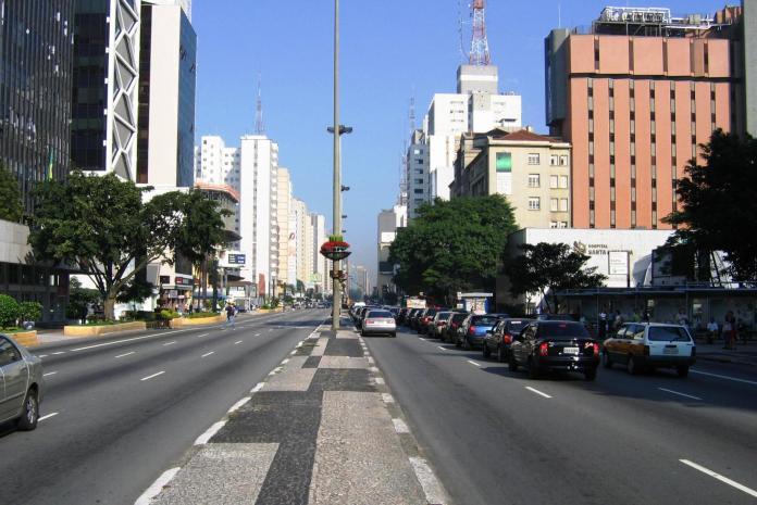 Avenida Paulista fecha no feriado