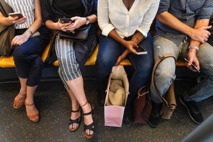 Passageiros no trem