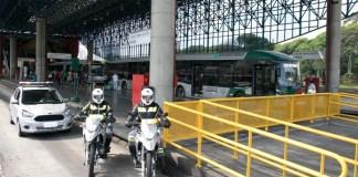 Frota de ônibus Terminal Mercado SPTrans Postos de atendimento Funcionamento