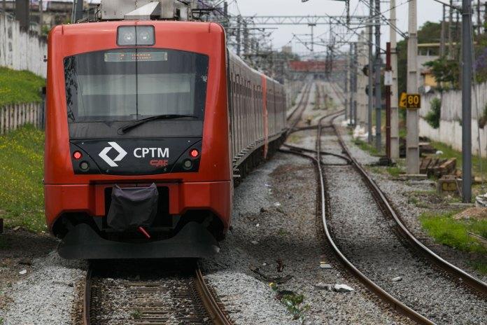 Provas do Enem Trem CPTM Linha 12-Safira